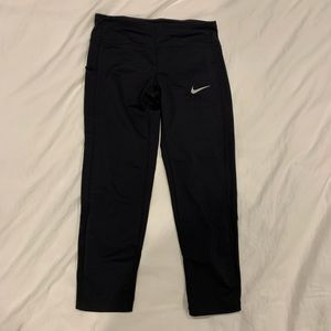 Nike running crops with side pocket XS